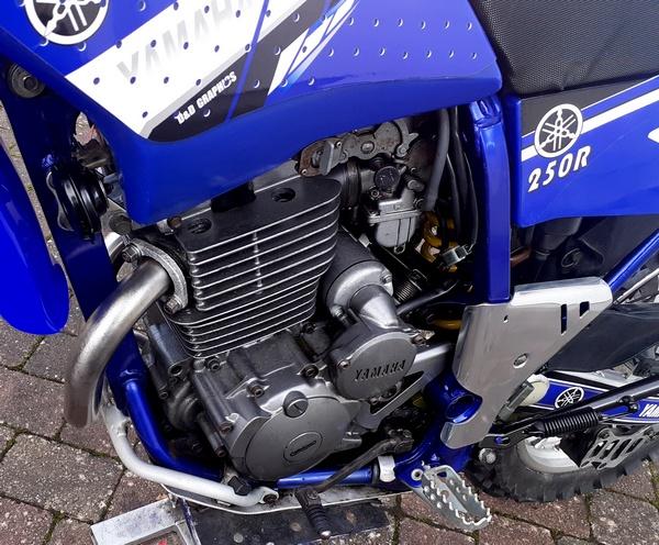 lH_engine.jpg